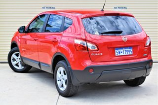 2013 Nissan Dualis J10W Series 4 MY13 ST Hatch X-tronic 2WD Red 6 Speed Constant Variable Hatchback