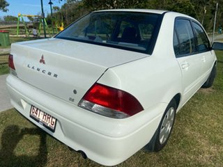2003 Mitsubishi Lancer CG ES White 4 Speed Automatic Sedan