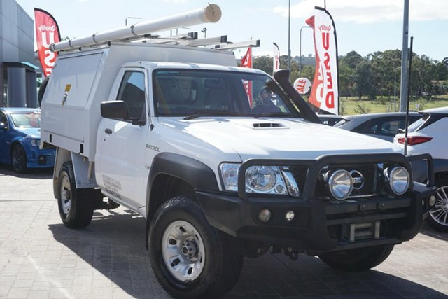 Used Nissan Patrol Y61 Series 4 MY14 DX Phillip, 2014 Nissan Patrol Y61 Series 4 MY14 DX White 5 Speed Manual Cab Chassis
