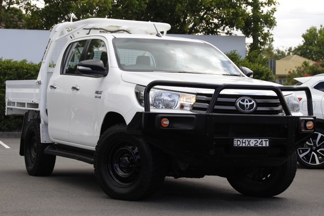 Used Toyota Hilux GUN126R SR Double Cab Mount Gravatt, 2016 Toyota Hilux GUN126R SR Double Cab White 6 Speed Manual Cab Chassis