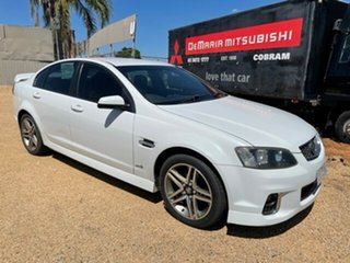 2011 Holden Commodore VE II SV6 White Sedan.