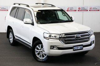 2015 Toyota Landcruiser VDJ200R MY16 Sahara (4x4) Crystal Pearl 6 Speed Automatic Wagon.