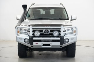 2016 Toyota Landcruiser VDJ200R VX Silver 6 Speed Sports Automatic Wagon.
