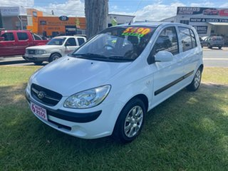 2010 Hyundai Getz TB MY09 SX White 5 Speed Manual Hatchback.