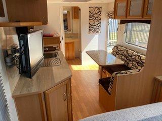 2009 Windsor Genesis Caravan