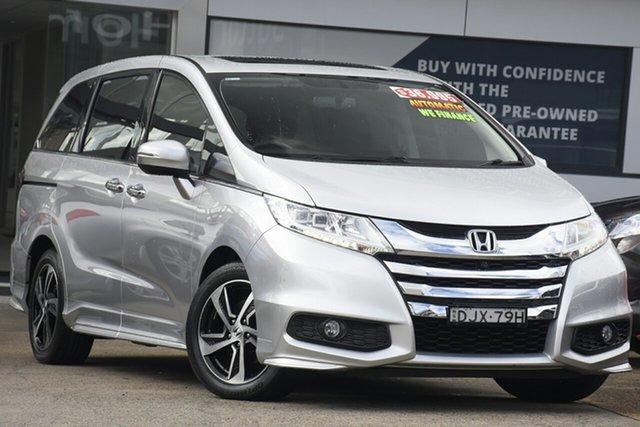 Used Honda Odyssey RC MY16 VTi-L Homebush, 2016 Honda Odyssey RC MY16 VTi-L Silver 7 Speed Constant Variable Wagon