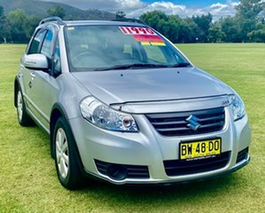 2013 Suzuki SX4 GYA MY13 Crossover Navigator Silver 6 Speed Manual Hatchback.