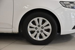 2010 Kia Cerato TD MY10 S White 5 Speed Manual Sedan
