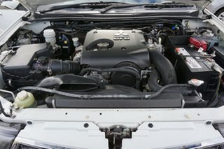 2013 Mitsubishi Triton MN MY13 GLX-R Double Cab White 5 Speed Manual Utility