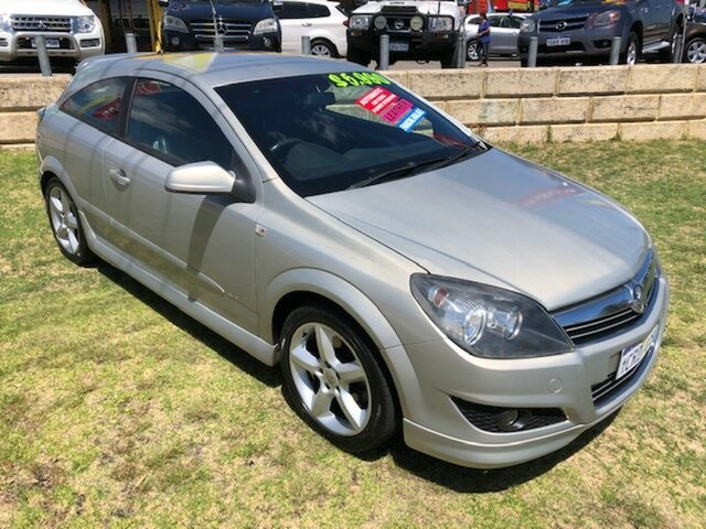 Used Holden Astra AH MY07.5 SRi Wangara, 2007 Holden Astra AH MY07.5 SRi Silver 4 Speed Automatic Coupe