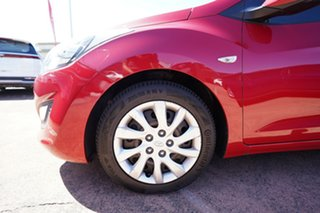 2013 Hyundai i30 GD Active Red 6 Speed Automatic Hatchback.