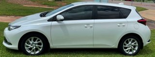 2015 Toyota Corolla ZRE182R Ascent Sport S-CVT Pearl White 7 Speed Constant Variable Hatchback