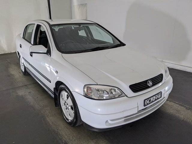 Used Holden Astra TS CD Maryville, 2002 Holden Astra TS CD White 4 Speed Automatic Sedan