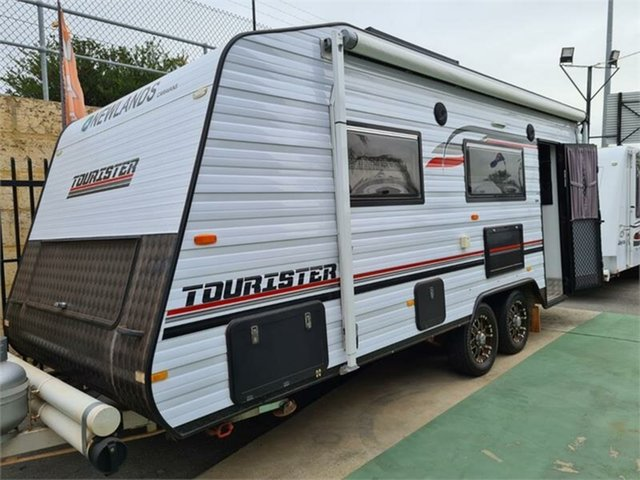 Used Newlands Bellevue, 2017 Newlands TOURISTER Caravan