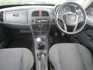 2013 Tata Xenon Premium White 5 Speed Manual Utility