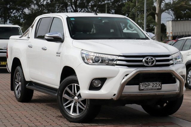 Pre-Owned Toyota Hilux GUN126R SR5 Double Cab Warwick Farm, 2016 Toyota Hilux GUN126R SR5 Double Cab White/cert 6 Speed Sports Automatic Utility