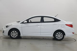 2016 Hyundai Accent RB4 MY16 Active White 6 Speed Manual Sedan.