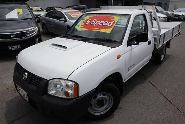 Used Nissan Navara D22 S5 DX 4x2 Moorooka, 2012 Nissan Navara D22 S5 DX 4x2 White 5 Speed Manual Cab Chassis