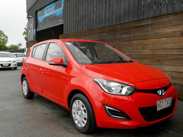 Used Hyundai i20 PB MY14 Active Labrador, 2013 Hyundai i20 PB MY14 Active Red 4 Speed Automatic Hatchback