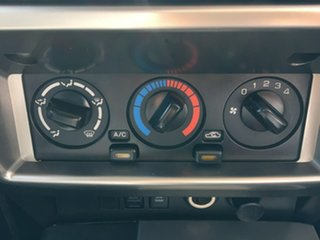 2016 Nissan Patrol Y61 ST White Automatic