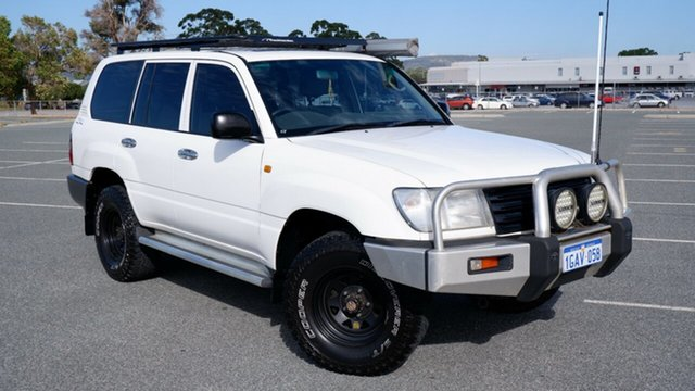 Used Toyota Landcruiser HZJ105R Standard Maddington, 2003 Toyota Landcruiser HZJ105R Standard White 5 Speed Manual Wagon