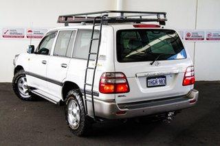 2004 Toyota Landcruiser HDJ100R GXL (4x4) White 5 Speed Automatic Wagon
