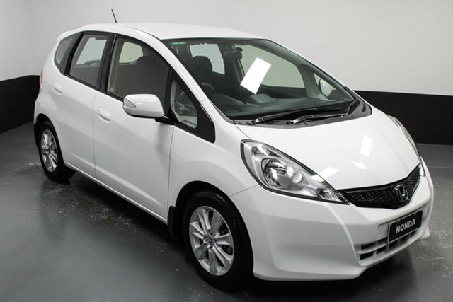 Used Honda Jazz GE MY13 Vibe Cardiff, 2013 Honda Jazz GE MY13 Vibe White 5 Speed Manual Hatchback