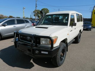 2008 Toyota Landcruiser VDJ78R Workmate (4x4) 11 Seat White 5 Speed Manual TroopCarrier