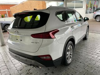 2018 Hyundai Santa Fe Active White Sports Automatic Wagon