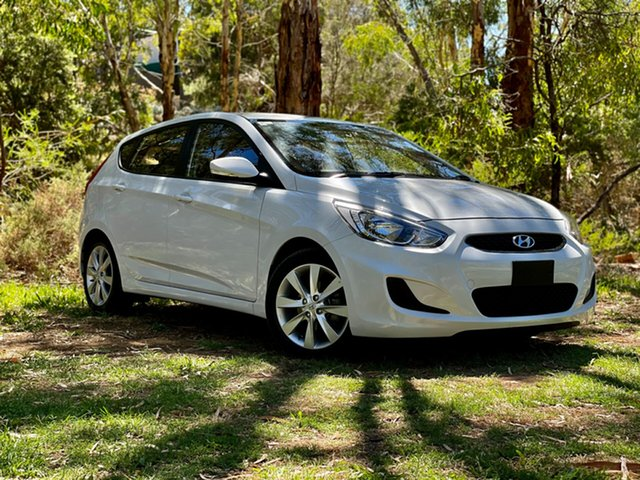 Used Hyundai Accent RB6 MY18 Sport Reynella, 2018 Hyundai Accent RB6 MY18 Sport Chalk White 6 Speed Sports Automatic Hatchback