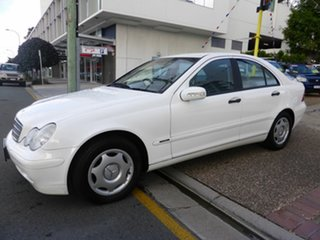 2003 Mercedes-Benz C180 W203 Kompressor Classic White 5 Speed Auto Tipshift Sedan.