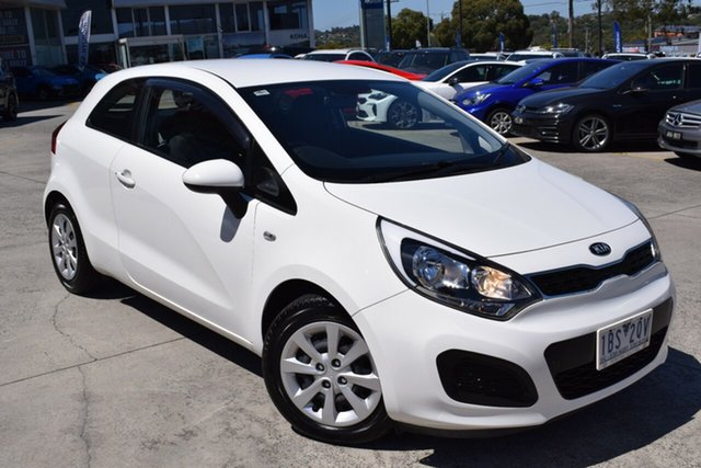 Used Kia Rio UB MY14 S Ferntree Gully, 2014 Kia Rio UB MY14 S White 6 Speed Manual Hatchback