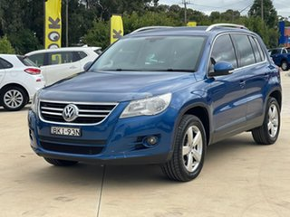 2009 Volkswagen Tiguan 147TSI Blue Sports Automatic Wagon.