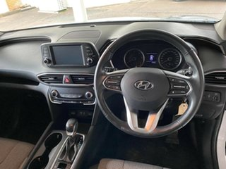 2018 Hyundai Santa Fe Active White Sports Automatic Wagon