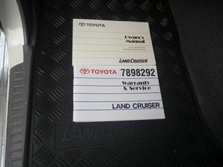 2016 Toyota Landcruiser VDJ76R GXL White 5 Speed Manual Wagon.