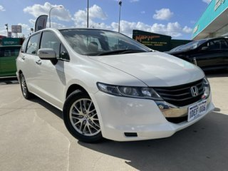 2009 Honda Odyssey RB White 5 Speed Automatic Wagon.