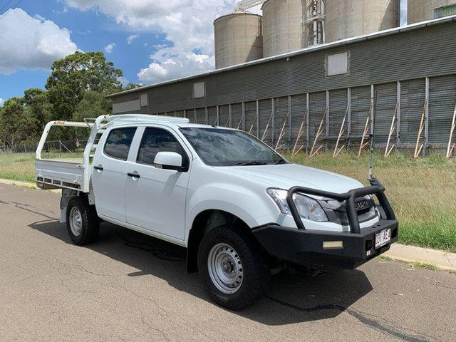Pre-Owned Isuzu D-MAX MY15 SX Crew Cab Oakey, 2016 Isuzu D-MAX MY15 SX Crew Cab White 5 Speed Manual Cab Chassis