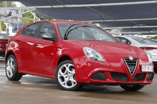 2015 Alfa Romeo Giulietta Series 1 Sprint Red 6 Speed Manual Hatchback.