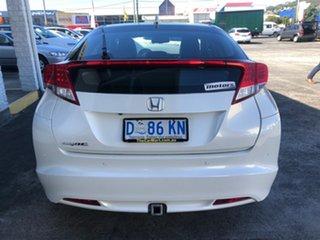 2013 Honda Civic 9th Gen MY13 VTi-L White 5 Speed Sports Automatic Hatchback