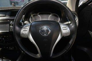 2017 Nissan Navara D23 S3 ST-X 4x2 Black 7 Speed Sports Automatic Utility
