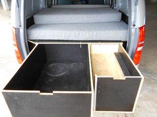 2016 Hyundai iLOAD TQ3-V Series II MY17 Crew Cab Grey 6 Speed Manual Van