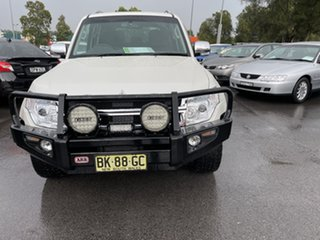 2010 Mitsubishi Pajero NT MY11 RX White 5 Speed Sports Automatic Wagon.