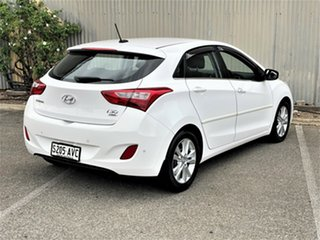 2012 Hyundai i30 GD Elite White 6 Speed Sports Automatic Hatchback.
