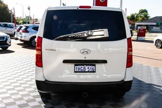 2009 Hyundai iLOAD TQ-V White 5 Speed Manual Van.