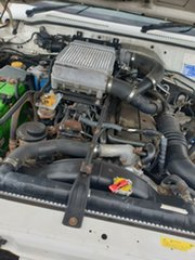 2006 Nissan Patrol White 5 Speed Manual Utility
