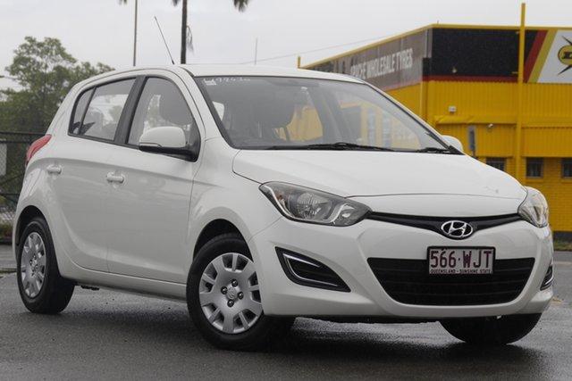 Used Hyundai i20 PB MY14 Active Rocklea, 2014 Hyundai i20 PB MY14 Active Polar White 6 Speed Manual Hatchback