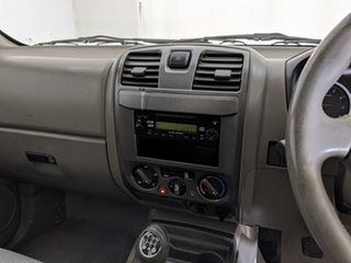 2014 Great Wall V240 K2 MY14 4x2 White 5 Speed Manual Cab Chassis