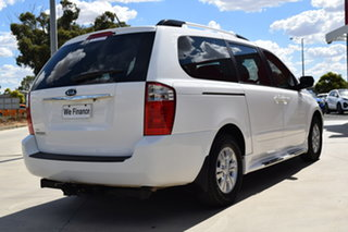 2011 Kia Grand Carnival VQ MY12 SI Clear White 6 Speed Sports Automatic Wagon