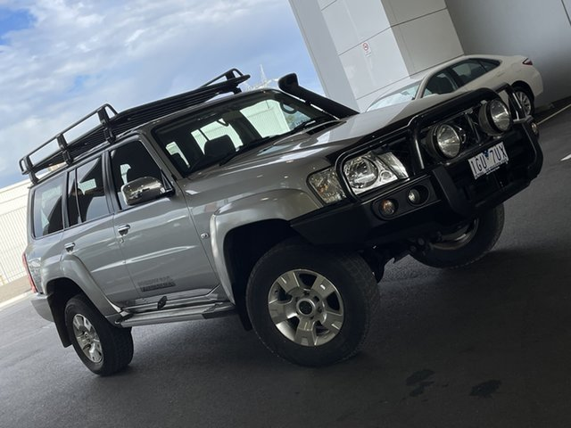 Pre-Owned Nissan Patrol Y61 GU 9 ST South Morang, 2015 Nissan Patrol Y61 GU 9 ST Silver, Chrome 4 Speed Automatic Wagon