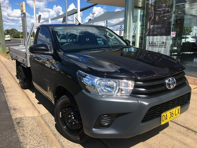 Used Toyota Hilux TGN121R Workmate Dubbo, 2017 Toyota Hilux TGN121R Workmate Black 5 Speed Manual Cab Chassis